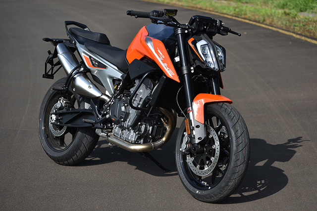Motociclette Nakede